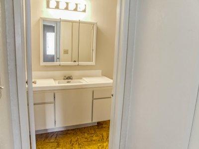 Capri Nuevo 1 Bedroom Fresno 4