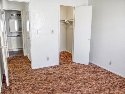 Capri Nuevo 1 Bedroom Fresno 3