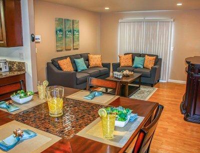 Huntington Palace Large 1 Bedroom Fresno 1