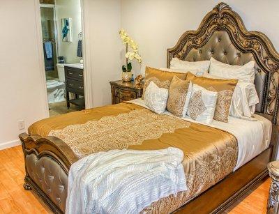 Huntington Palace Beautiful 2 bedroom Fresno 7