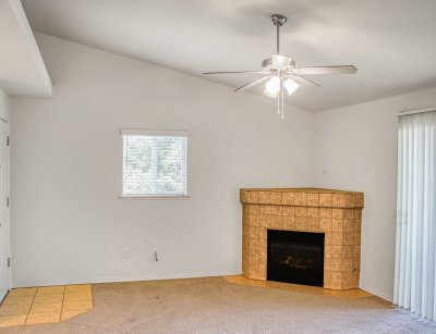 Chestnut Court Two Bedrooms Fresno 1