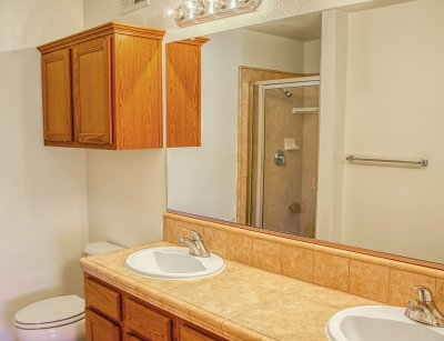 Chestnut Court Two Bedrooms Fresno 7