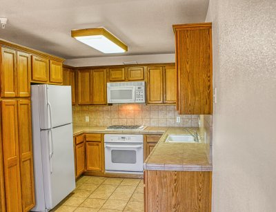 Chestnut Court Two Bedrooms Fresno 3