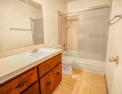 Monterey Pines Apartment Homes 2 Bedroom - 1 Bath Fresno 8