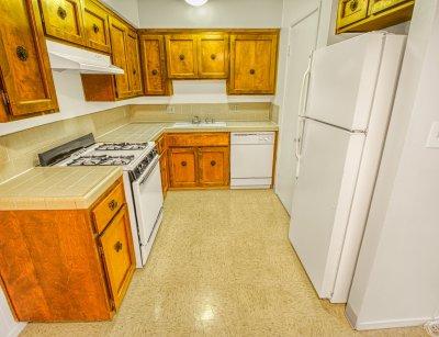 Monterey Pines Apartment Homes 2 Bedroom - 1 Bath Fresno 2