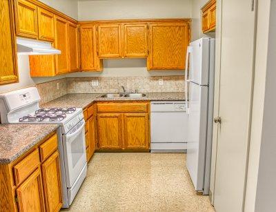Monterey Pines Apartment Homes 3 Bedroom - 2 Bath Fresno 3