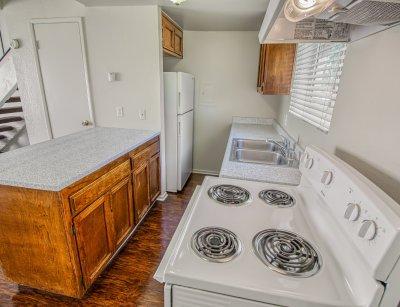 Sunburst Apartments The Loft Fresno 2