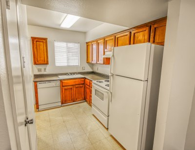 Willow Park Apartments 2 Bedroom Townhome - Plan C Fresno 3