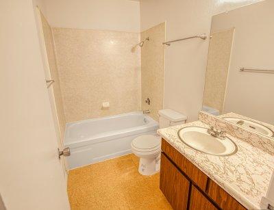 Pacific Grove Apartments 2 Bedroom 1.5 Bath Clovis 10