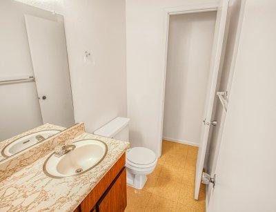 Pacific Grove Apartments 2 Bedroom 1.5 Bath Clovis 6