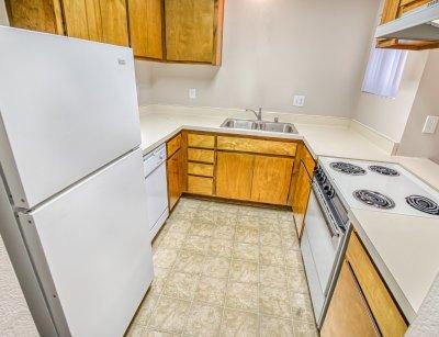 Redwood Glen Apartment Homes 1 Bedroom 1 Bath Bakersfield 2