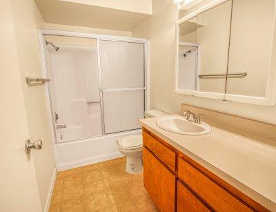 Redwood Glen Apartment Homes 1 Bedroom 1 Bath Bakersfield 4