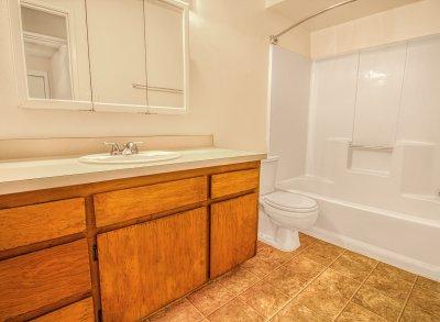 Redwood Glen Apartment Homes 2 Bedroom 1 Bath Bakersfield 6