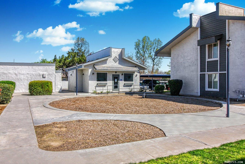 Fountain West Apartments-Fresno-California on Rentfit.com