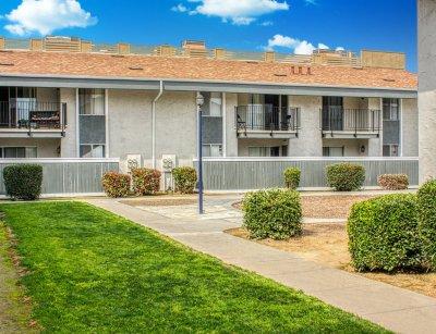 Fountain West Apartments  Fresno 9