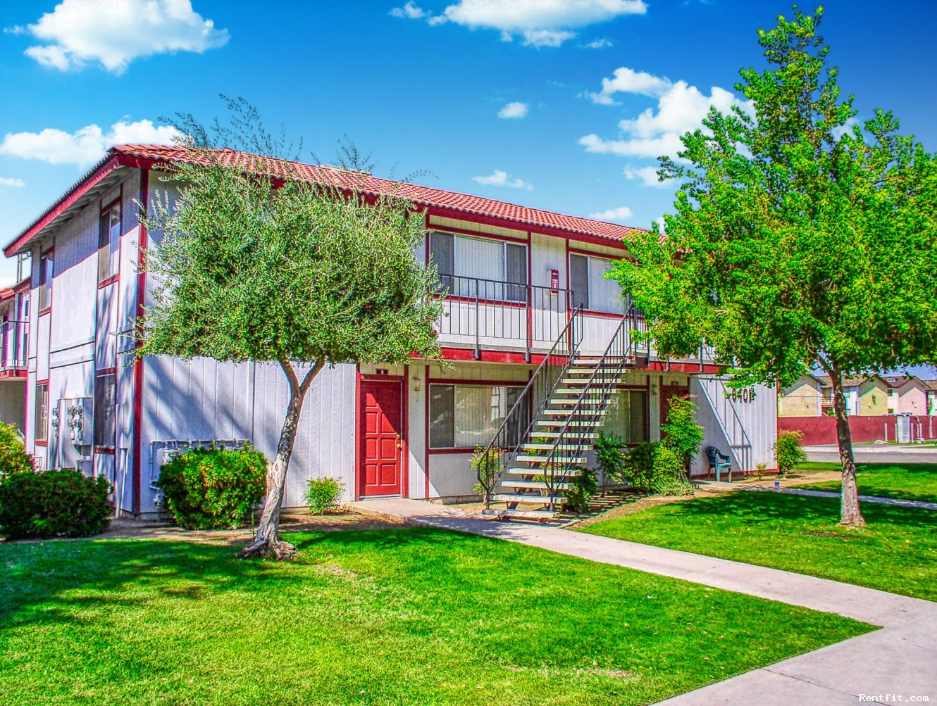 Springwood Court Apartments  Bakersfield 1