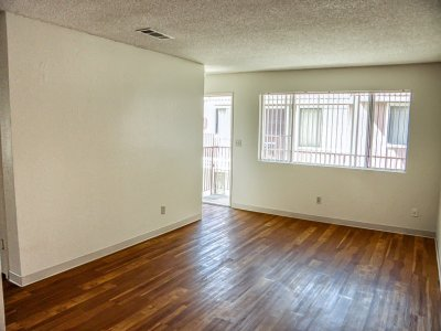 Springwood Court Apartments  Bakersfield 10