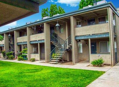 Village at Shaw  Fresno 10