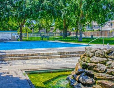 Village at Shaw  Fresno 6