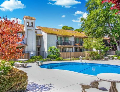 Cedar Springs  Fresno 4