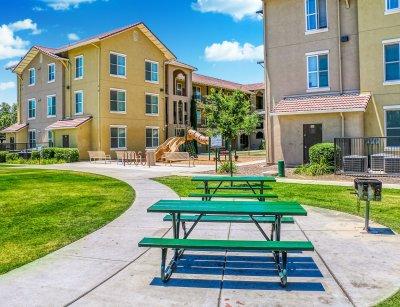 Parc Grove Commons  Fresno 10