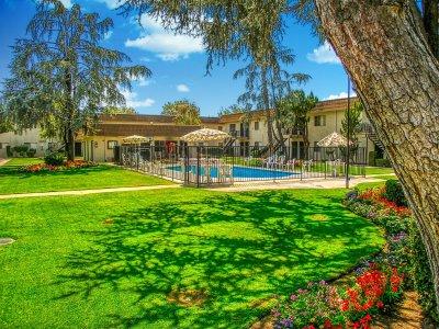 Dayton Square Apartments  Fresno 2
