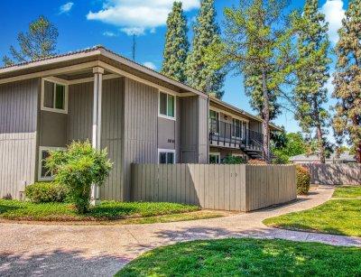 Monterey Pines Apartment Homes  Fresno 7