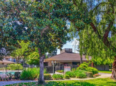 Monterey Pines Apartment Homes  Fresno 6