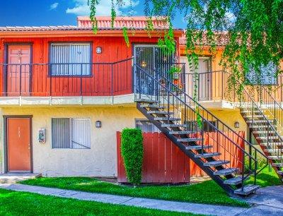 Sunburst Apartments  Fresno 5