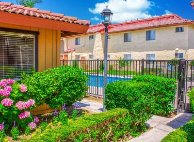 Sunburst Apartments  Fresno 3