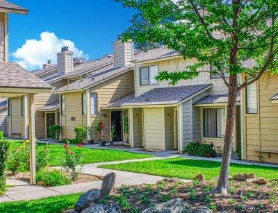 Willow Park Apartments  Fresno 1