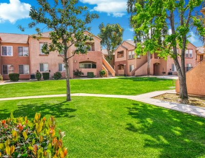 Auburn Heights Apartments  Bakersfield 1