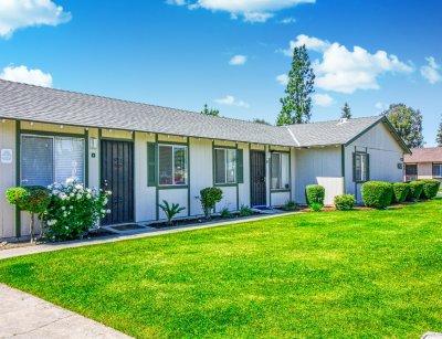Sierra Terrace East Apartment  Bakersfield 1