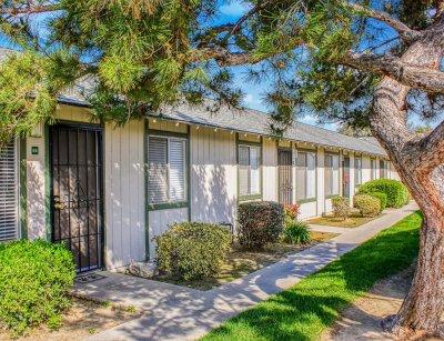 Sierra Terrace East Apartment  Bakersfield 3