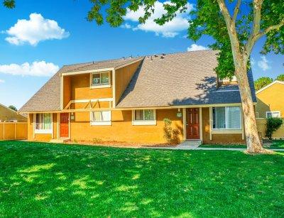 Bigby Villa  Fresno 3