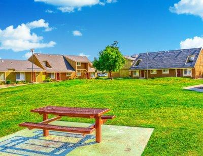 Bigby Villa  Fresno 6