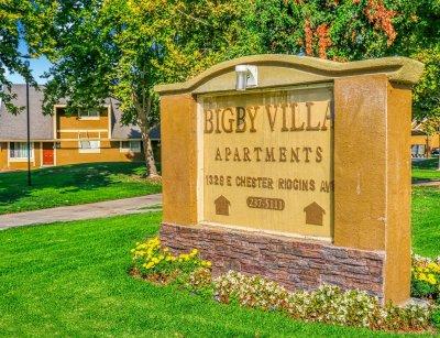 Bigby Villa  Fresno 7