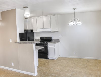 The Laurel Tree Apartments  Bakersfield 10