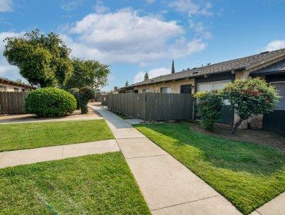 Brooks Villa  Fresno 3