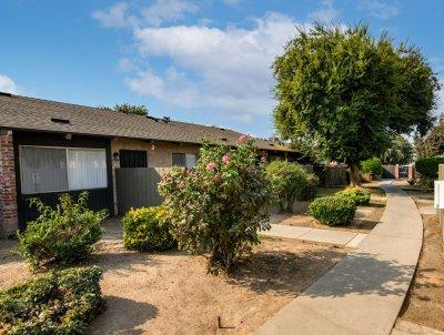 Brooks Villa  Fresno 2