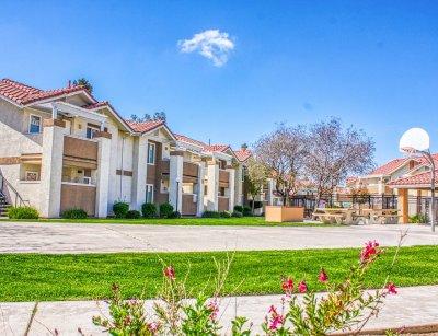 Casa Velasco  Fresno 10