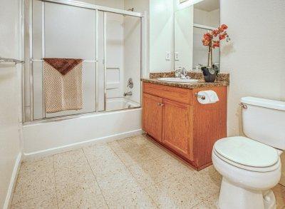 Casa Velasco 2 Bedroom 2 Bath Fresno 8
