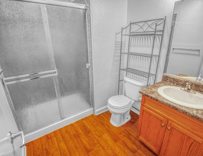 Casa Velasco 4 Bedroom 2 Bath Fresno 11
