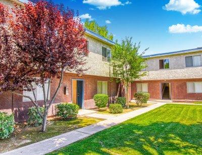 Serramonte Park Apartments  Bakersfield 4