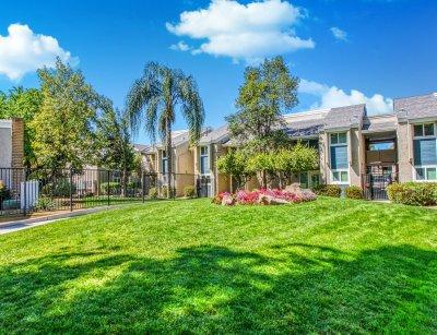 The Parks at Fig Gardens  Fresno 8